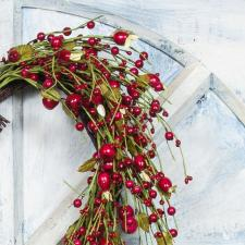 HEART SHAPED WREATH ON TWIG BASE W/ROSE HIP, RICE BERRIES AN