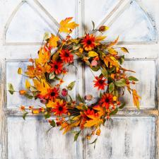 FALL DAISY WREATH WITH BITTERSWEET & PODS, 10 IN RIM, 22 IN